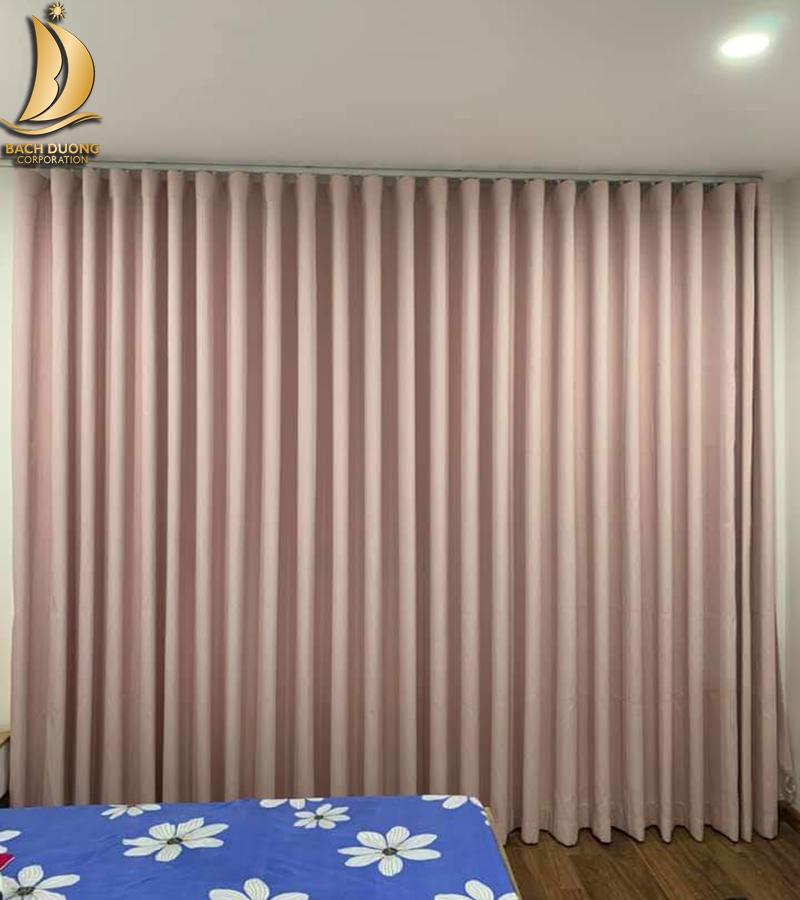 Cần chọn rèm cùng với tông màu của tường nhà