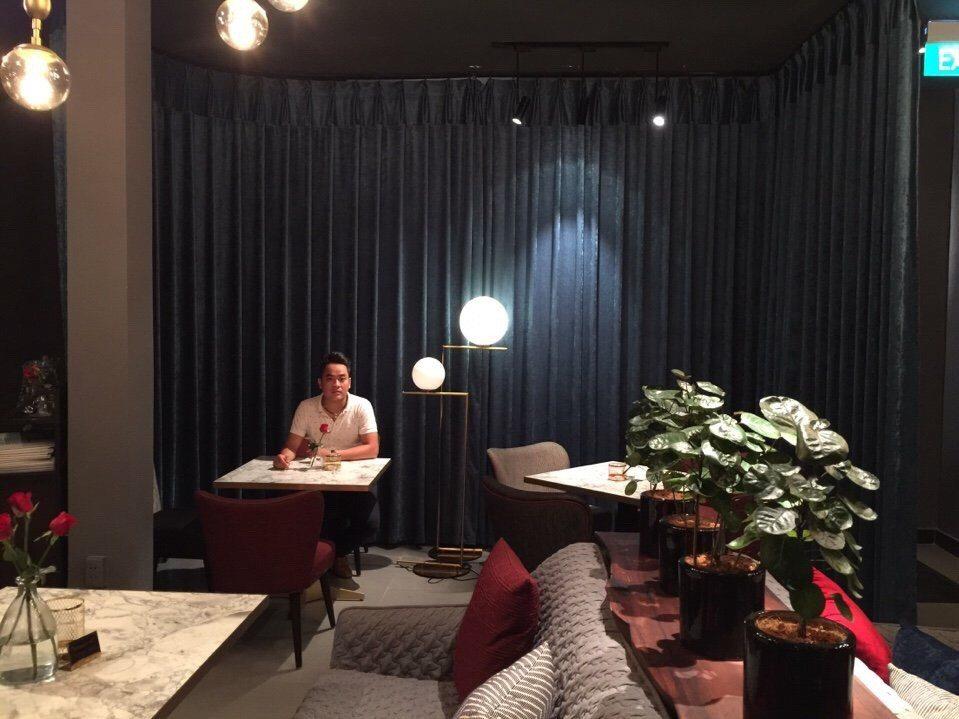Những mẫu rèm cửa đẹp cho Quán Cafe
