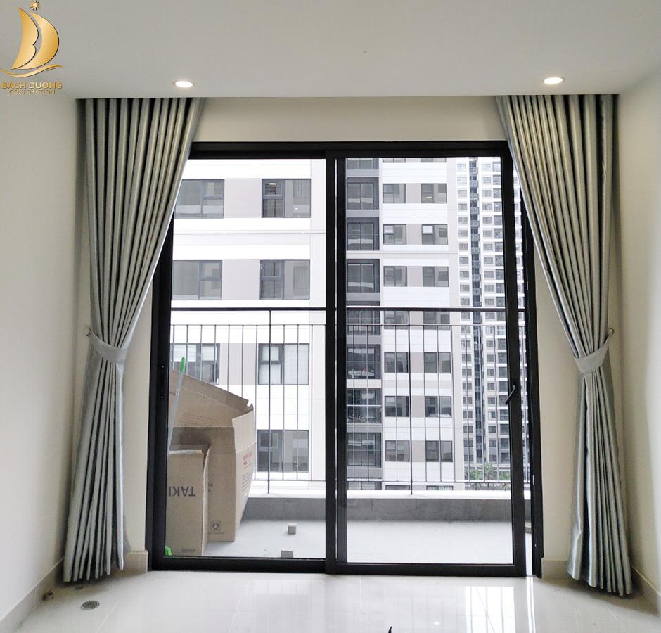 Chọn được màu vải đúng với hướng nhà sẽ giúp bảo vệ rèm cửa mới hơn