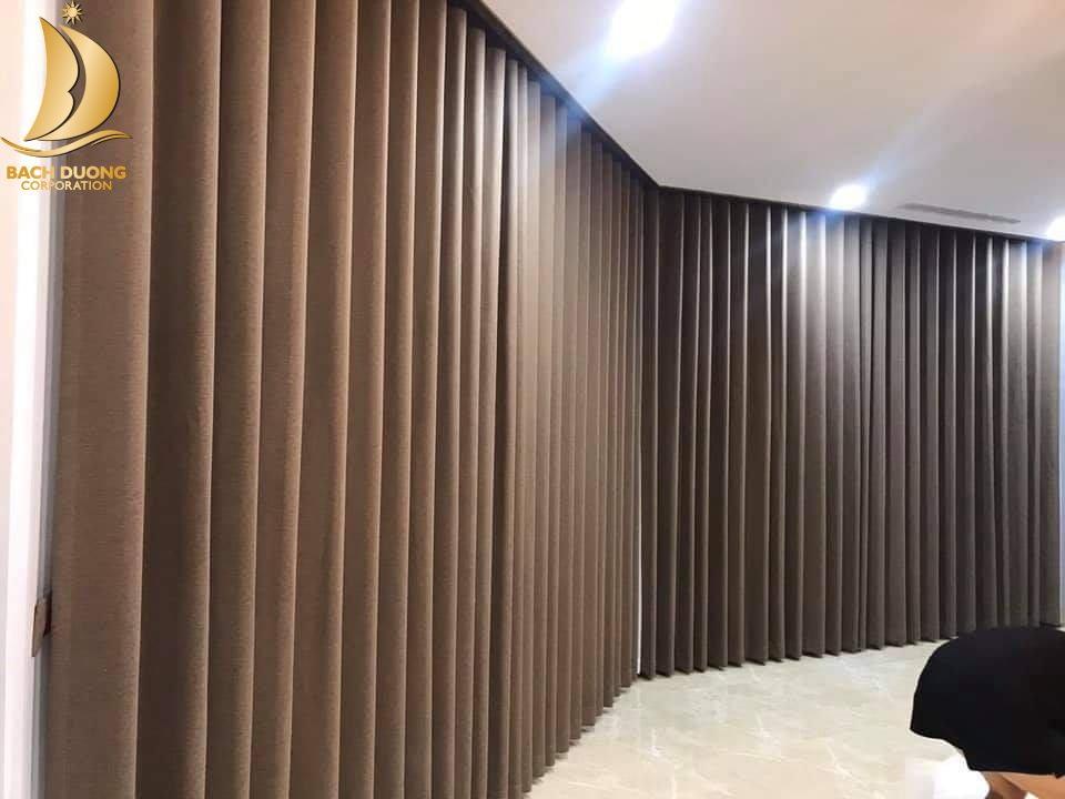 Lắp rèm vải cho Trường Quốc tế Anh Việt Hoàng Gia Hà Nội